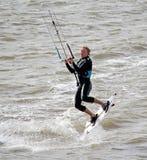 女性kitesurfer 库存图片