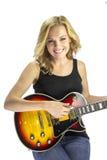 女歌手有电吉他的歌曲作者音乐家 免版税图库摄影