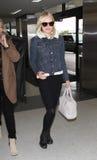 女演员机场bosworth被看见的kate松驰 免版税库存照片