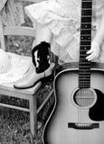 女牛仔音乐家 库存图片
