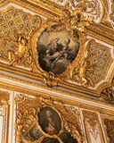 从女王玛丽・安托瓦内特卧室的天花板凡尔赛宫的 免版税库存图片