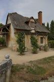 女王玛丽・安托瓦内特的小村庄,凡尔赛,法国- 2015年8月 库存图片