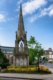"""女王维多利亚雕象†""""Harrogate,英国 免版税库存照片"""