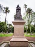 女王维多利亚雕象阿尔伯特公园的,奥克兰,新西兰 免版税库存照片