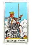 女王/王后剑占卜用的纸牌诚实真相原则标准临床不育后备无动于衷地被分开的凉快私有切断 免版税库存图片