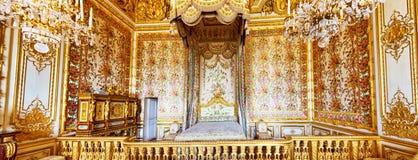 女王/王后的卧室内部  库存图片