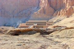 女王Hatshepsut殡葬复合体  图库摄影