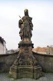 女王Kunigunde雕象在琥珀 图库摄影