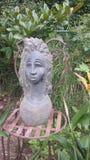 女神在庭院里 免版税库存图片