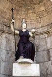 女神罗马雕象  免版税库存图片