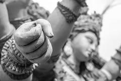 女神durga手拳头雕塑 免版税库存图片