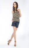 女衬衫可爱的短裤减肥妇女年轻人 图库摄影