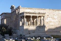 女象柱的门廊在雅典卫城的,Attica,希腊厄瑞克忒翁神庙 免版税库存照片