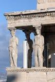 女象柱的门廊在雅典卫城的,Attica,希腊厄瑞克忒翁神庙 免版税库存图片