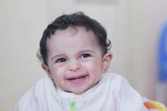 女婴微笑 免版税库存照片