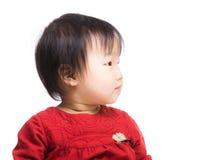 女婴旁边档案  免版税库存照片