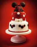 女婴的生日蛋糕 免版税图库摄影