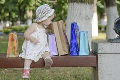 女婴袋子 库存图片