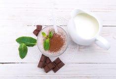奶昔用巧克力 免版税库存照片