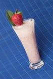 奶昔草莓 库存图片