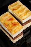 奶油甜点蛋糕 免版税库存照片