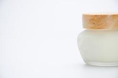 奶油色包装在白色 免版税图库摄影