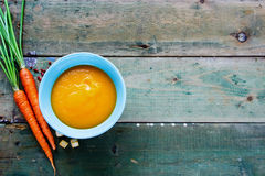 奶油色汤蔬菜 库存图片
