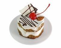 奶油色蛋糕用樱桃 库存图片