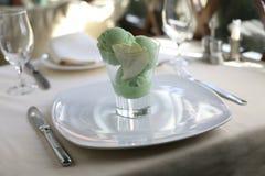 奶油色绿色冰 免版税库存图片