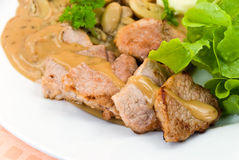 奶油蘑菇酱油牛排里脊肉 免版税库存照片