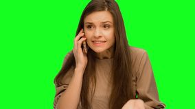 她由电话发誓 股票录像