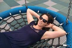 她的三十(30s)作白日梦关于在摇摆的生活我的妇女 免版税图库摄影