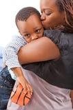 她的妈妈儿子 免版税库存照片