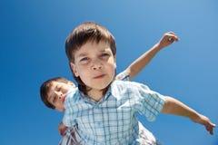 好奇孩子 免版税库存图片