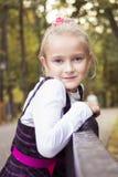 好女孩室外在秋天 库存照片