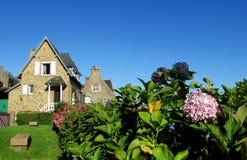 好的农村房子在欧洲 免版税库存图片
