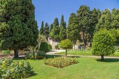 好的法国 Cimiez修道院庭院- 15 库存图片