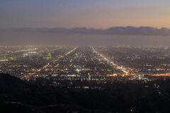 好莱坞地区从格里斐斯公园的日落都市风景 库存照片