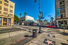 好莱坞大道和美国梧桐的ave交叉路 免版税库存图片