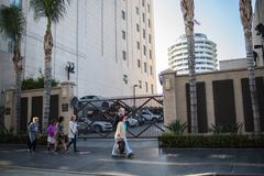 好莱坞大道,好莱坞, CA. 07-25-07 游人自白天 免版税图库摄影