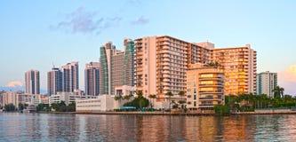 好莱坞海滩佛罗里达,在日落的大厦 图库摄影