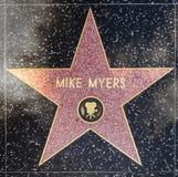 演员在名望好莱坞步行的麦克梅尔思星  免版税库存图片