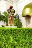 好,法国- 2011年10月17日:在旅馆Negresco前面的迈尔士・戴维斯的雕塑 免版税库存图片