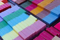好,法国- 2011年10月17日:马赛肥皂 由菜油做的传统坚硬肥皂 免版税库存照片