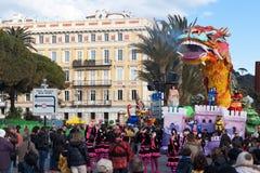 好,法国- 2月26 :尼斯狂欢节在法国海滨 这是里维埃拉的主要冬天活动 库存图片