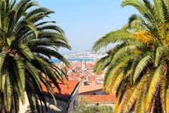 好,法国- 16 09 16 :在散步des Anglais,其中一个的顶视图欧洲的最美丽的堤防 免版税库存照片