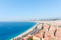 好,法国- 16 09 16 :在散步des Anglais,其中一个的顶视图欧洲的最美丽的堤防 免版税库存图片