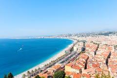 好,法国- 16 09 16 :在散步des Anglais,其中一个的顶视图欧洲的最美丽的堤防 库存图片