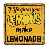 如果生活给您柠檬使柠檬水葡萄酒生锈金属化标志 图库摄影