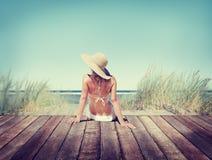 妇女佩带的比基尼泳装暑假概念 免版税库存图片
